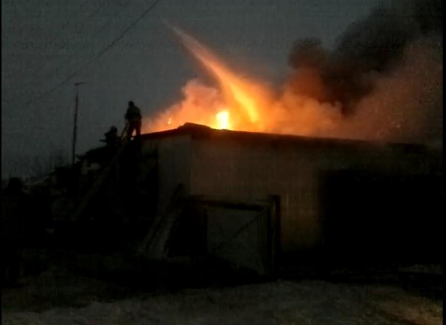 В поселке Кукуштан Пермского района произошел крупный пожар