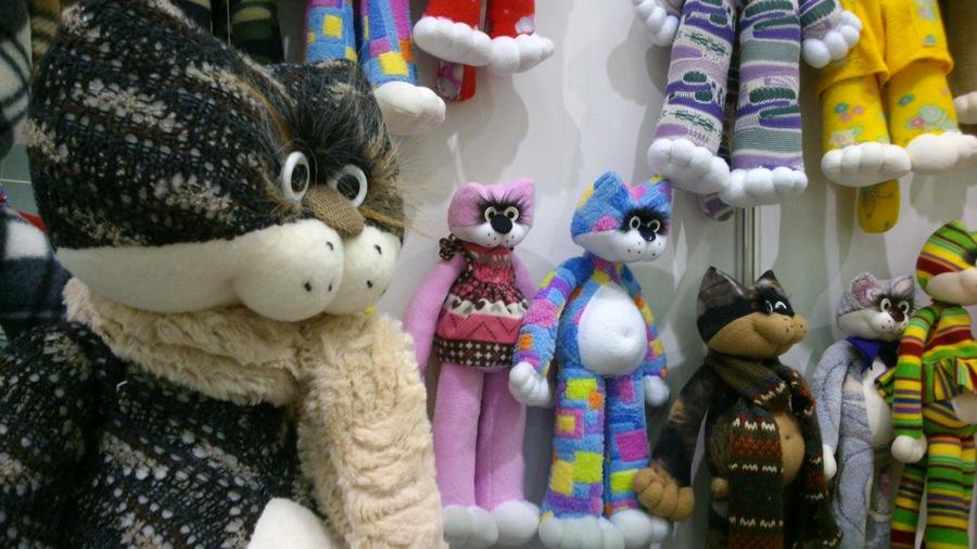 В Перми открылась ярмарка новогодних подарков - фото 1