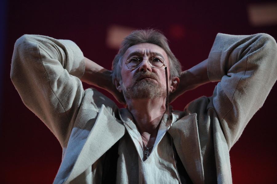 В Пермском Театре-Театре прошел бенефис Олега Выходова - фото 1