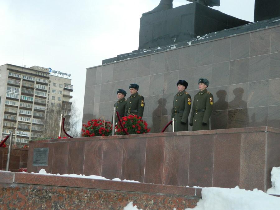 В Перми почтили память героев Сталинградской битвы