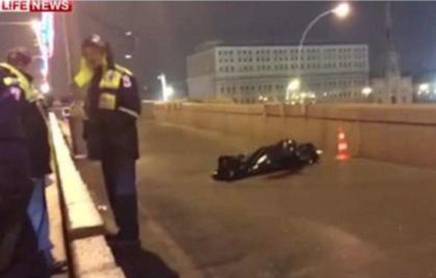 В Москве выстрелами из автомобиля убит Борис Немцов - фото 1