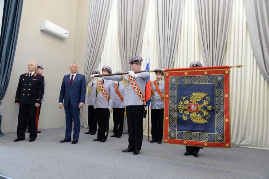 Министр вручил знамя пермской полиции