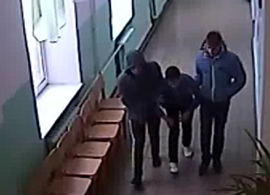 Наркополицейские задержали сбытчиков спайса в Чернушке