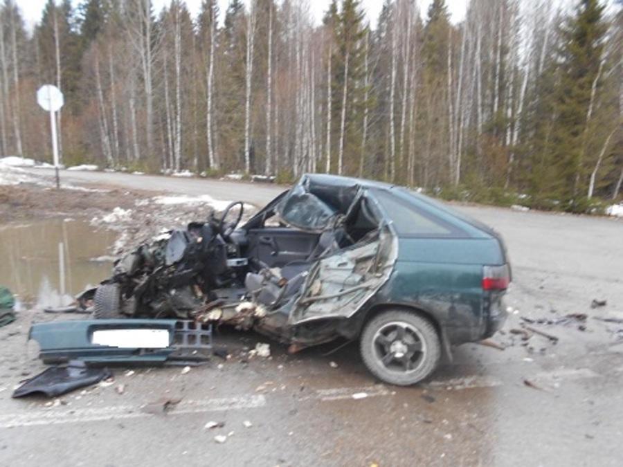 В Пермском крае в столкновении с Газелью погиб водитель ВАЗа - фото 1
