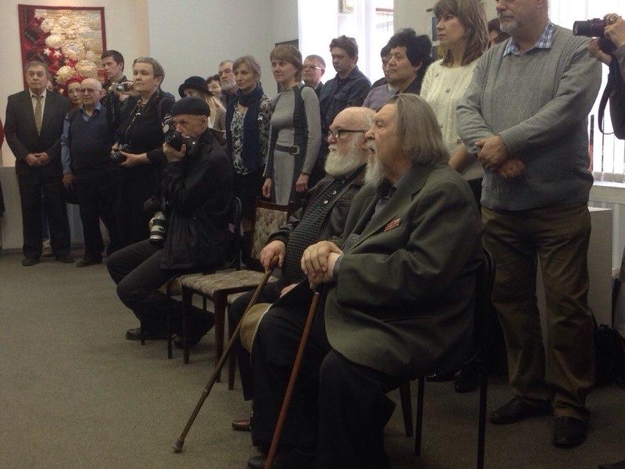 Пермские художники открыли выставку, посвященную Дню Победы