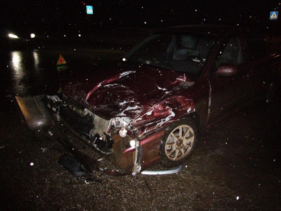 В Перми водитель ВАЗа не разглядел сквозь тонировку красный сигнал светофора