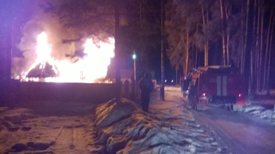 Сегодня ночью в Кунгуре ночью горел жилой дом