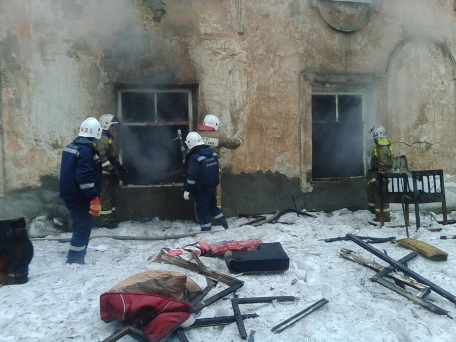 В Кунгуре на пожаре погибли трое детей - фото 1