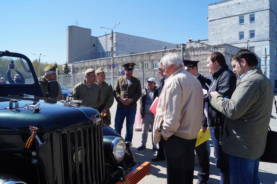 Пермские автолюбители украсили свои машины к Дню Победы