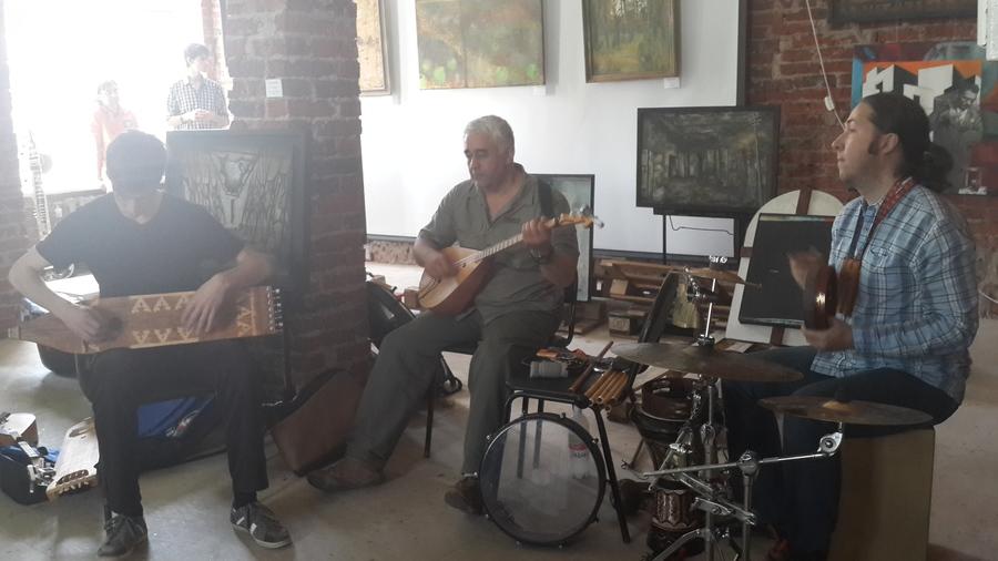 Пермяки слушали этническую музыку