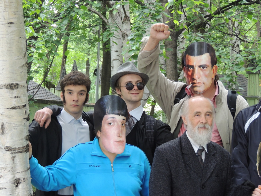 По Перми ходили известные поэты