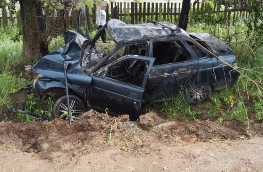 В ДТП в Пермском районе ранены водитель и пассажир автомобиля ВАЗ