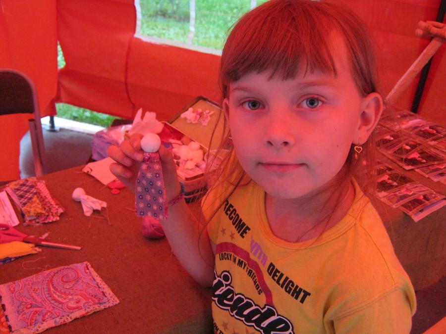 Пермяки учились делать обережную куклу - фото 1