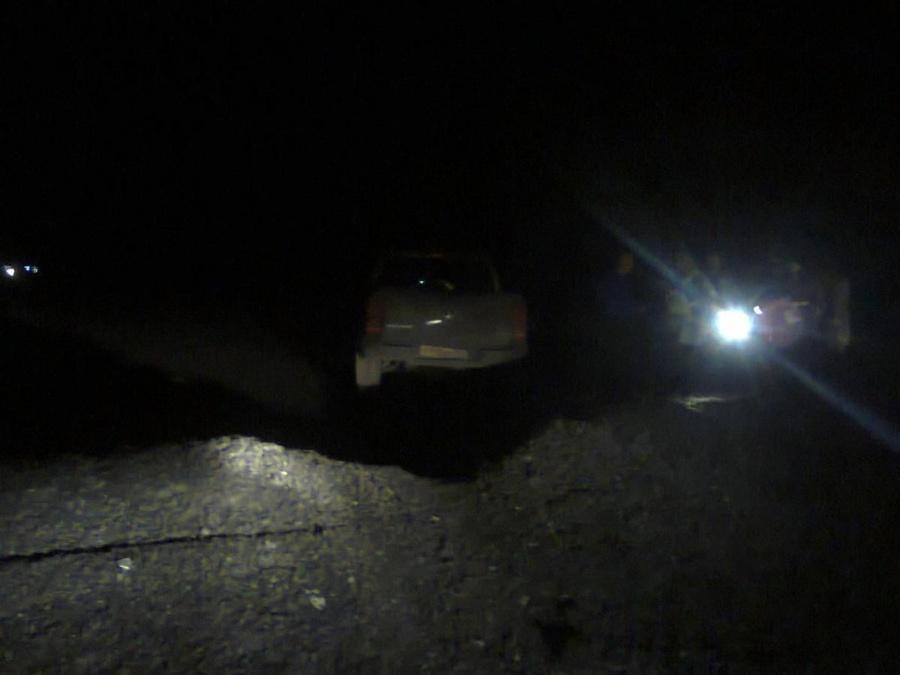 Ночью при опрокидывании Фольксвагена в Перми ранены двое детей - фото 1
