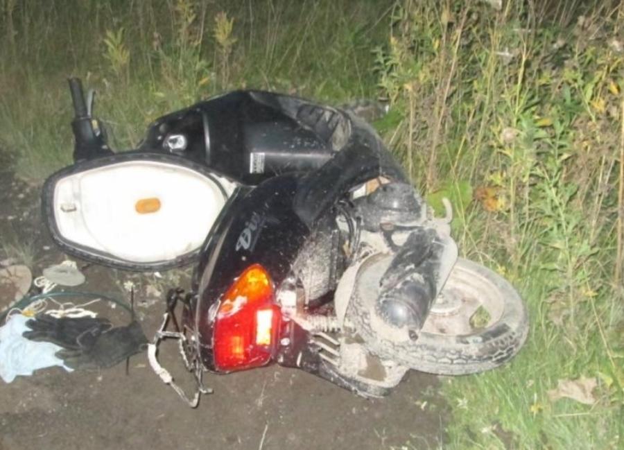 В Березниках неизвестный водитель сбил насмерть скутериста - фото 1