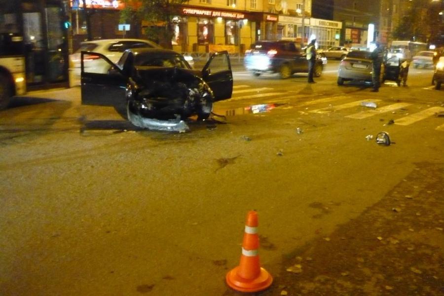 Три человека ранены в ДТП в центре Перми