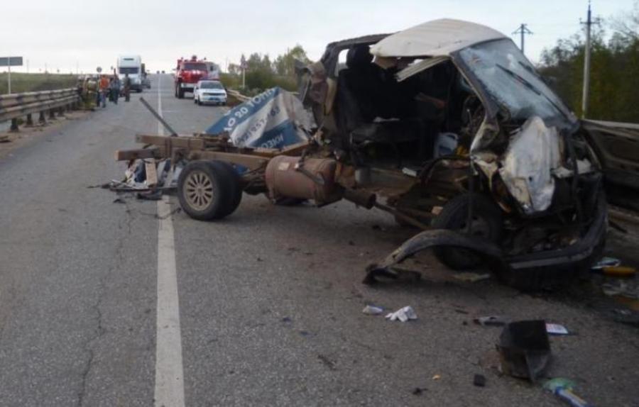 В ДТП аа автодороге Оса-Чернушка девушке-пассажиру Газели оторвало ногу - фото 2
