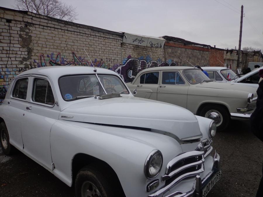 В День автомобилиста в Кунгуре выставили ретро-автомобили