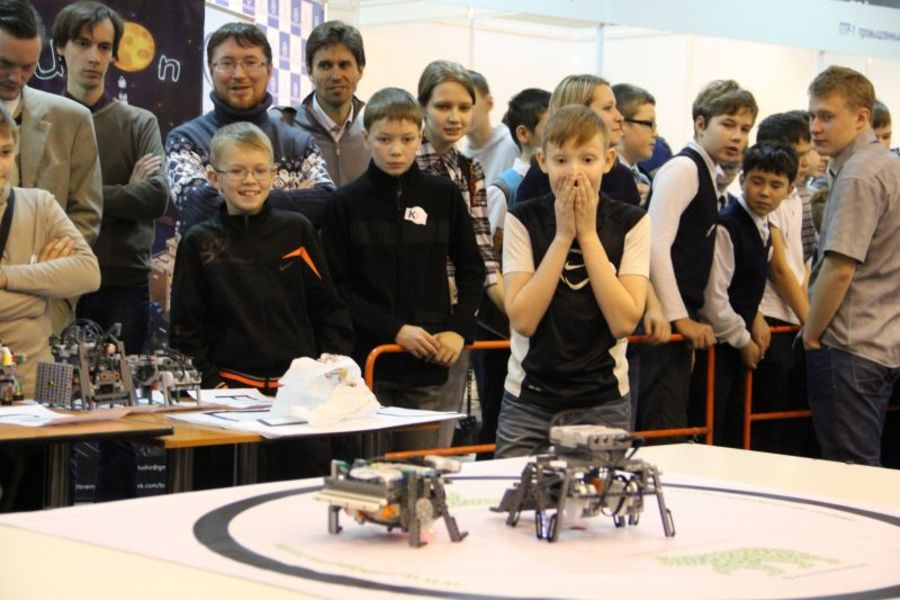 В Перми определяют победителя битвы роботов - фото 1