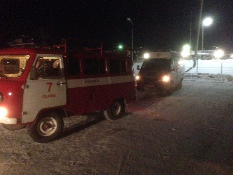 В Пермском крае сегодня утром горел гостиничный комплекс - фото 1