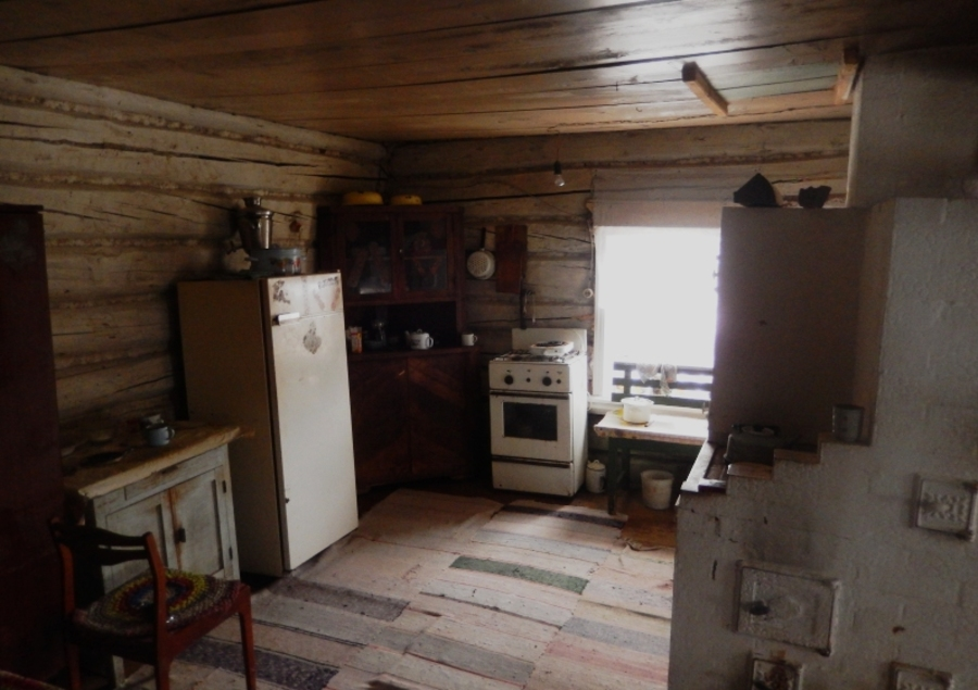 В Березовском районе задержаны две разбойницы, ограбившие пенсионерку