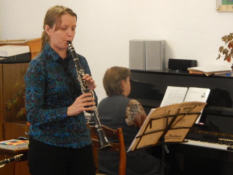 В Чусовом дошкольники знакомились с музыкальными инструментами - фото 5