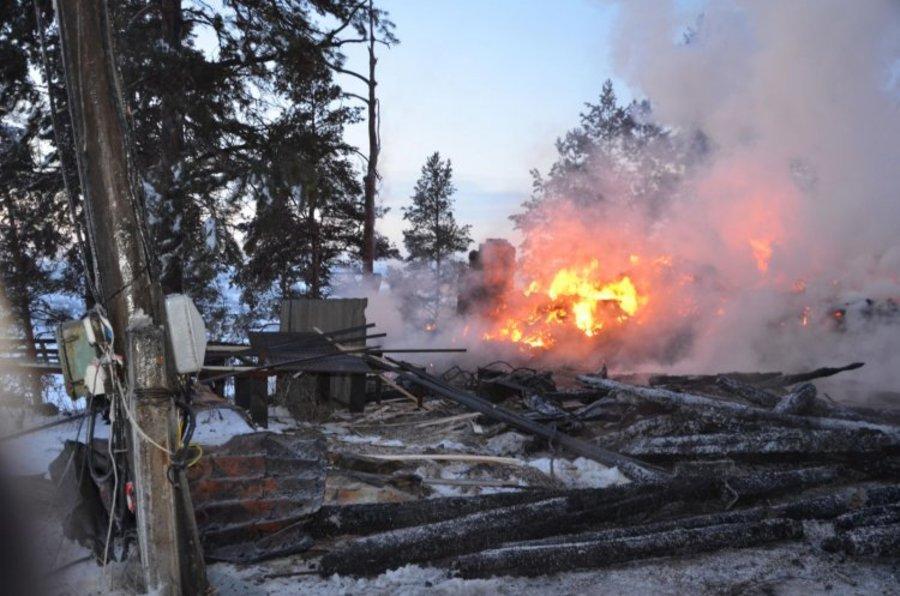 Ночью первого января сгорела турбаза «Чусовая»