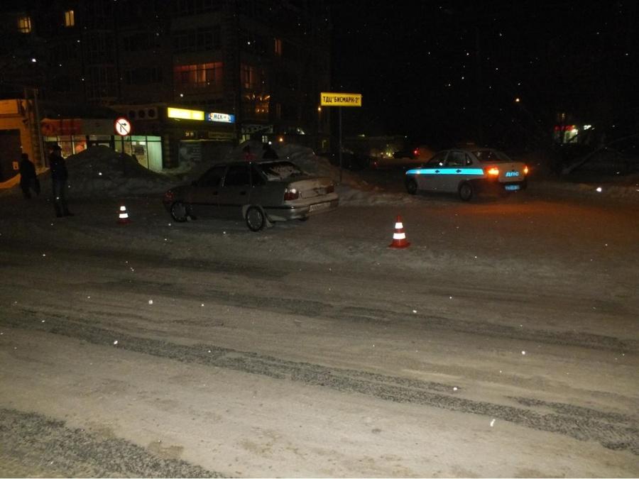 В Соликамске девочка попала под колеса Нексии - фото 1