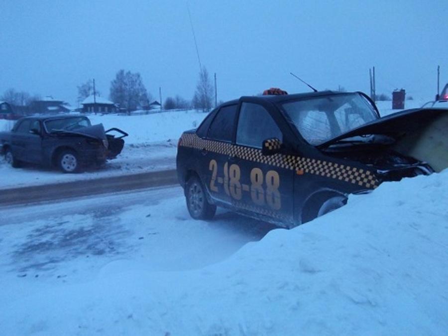 В ДТП в Добрянском районе травмированы пять человека