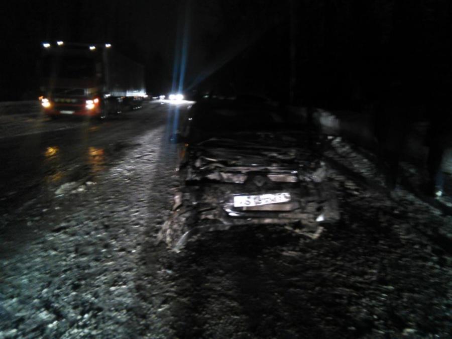 В Перми в столкновении двух легковушек пострадали три человека - фото 1