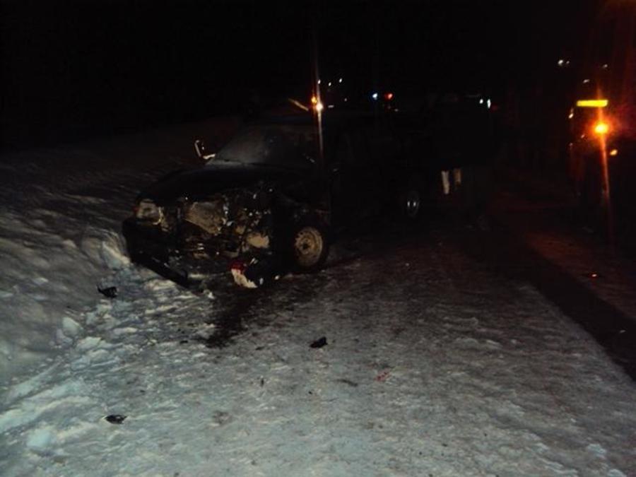 В Пермском крае два человека ранены в столкновении ВАЗа с КАМАЗом - фото 1