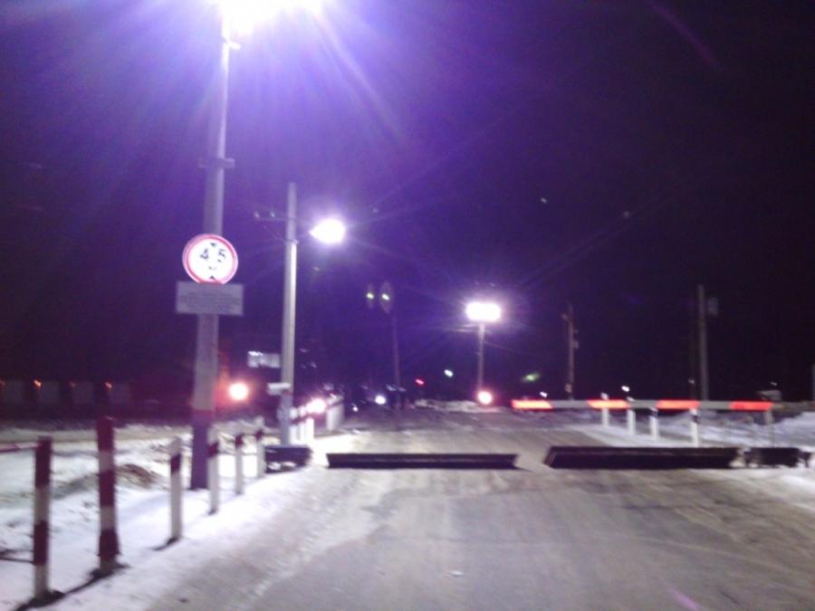 В Пермском районе в столкновении с поездом погибли водитель и пассажир ВАЗа - фото 1