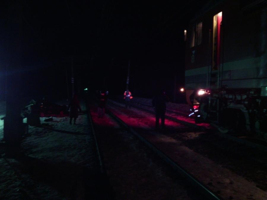 В Пермском районе в столкновении с поездом погибли водитель и пассажир ВАЗа - фото 2