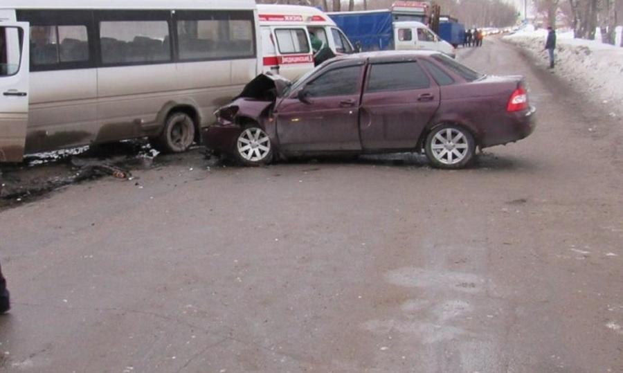 За праздники в Пермском крае в 19 ДТП травмированы 23 человека