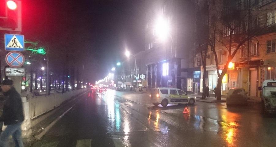 В центре Перми в столкновении двух автомобилей пострадал один человек - фото 1