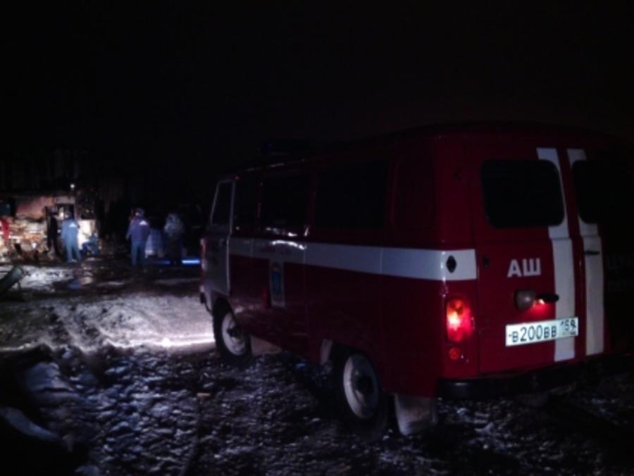 На пожаре в подсобном хозяйстве Пермского района погибли 4 человека