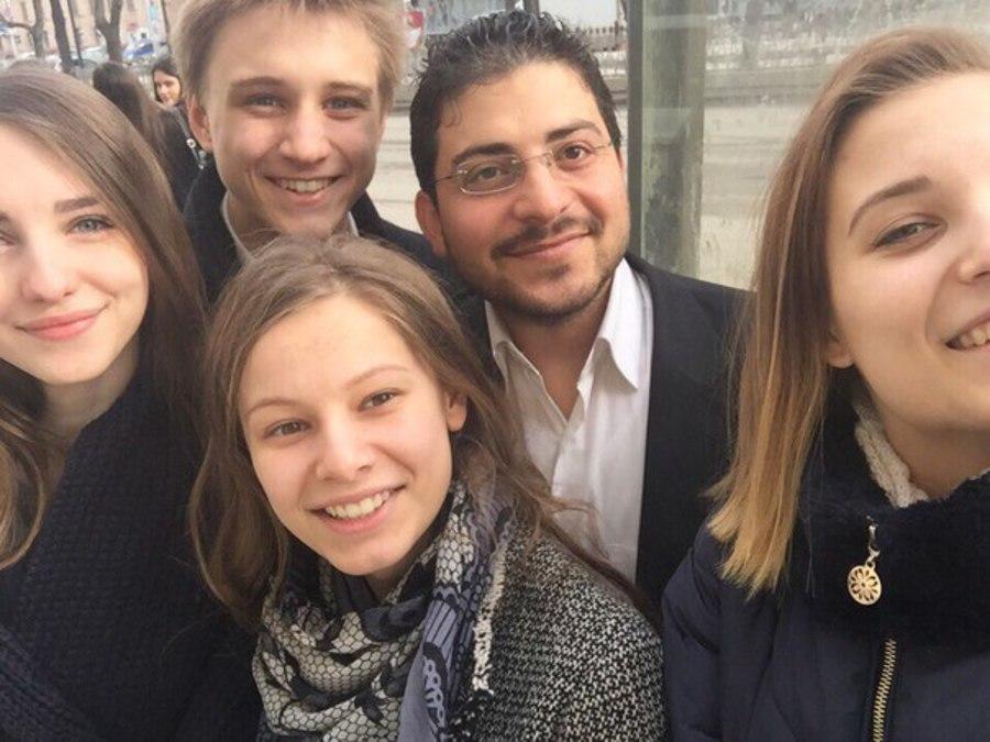 Ученики пермской школы завели дружбу со студентами-иностранцами - фото 1