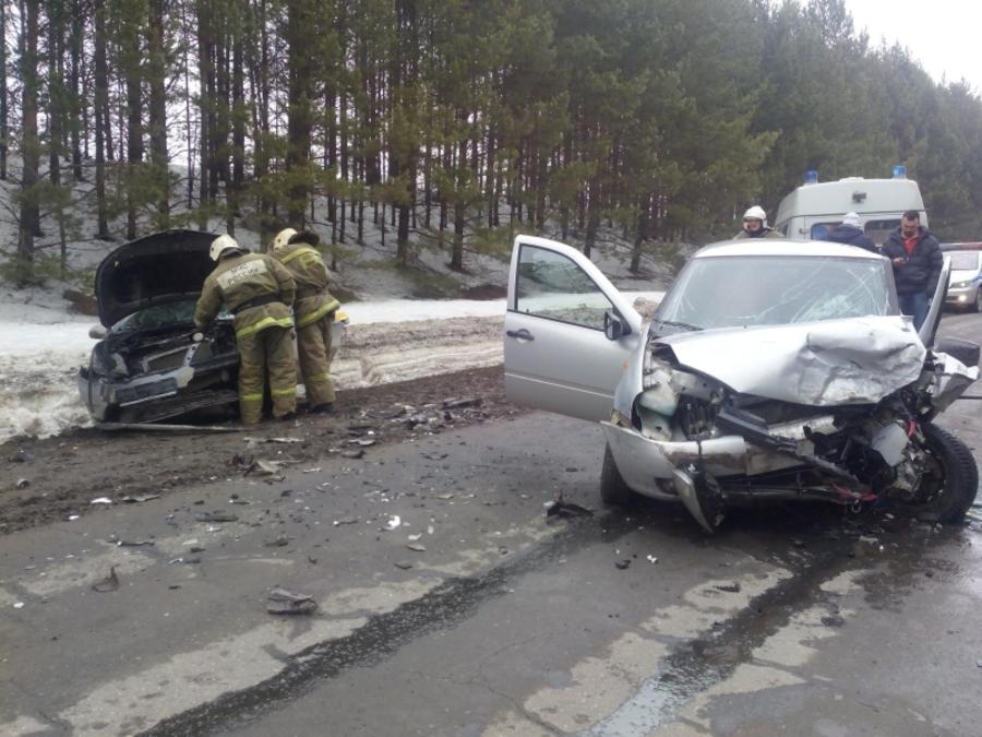В Кунгурском районе в автоаварии пострадали трое взрослых и младенец