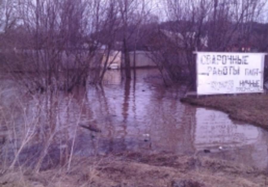 В Пермском районе подтопило 12 жилых домов - фото 1