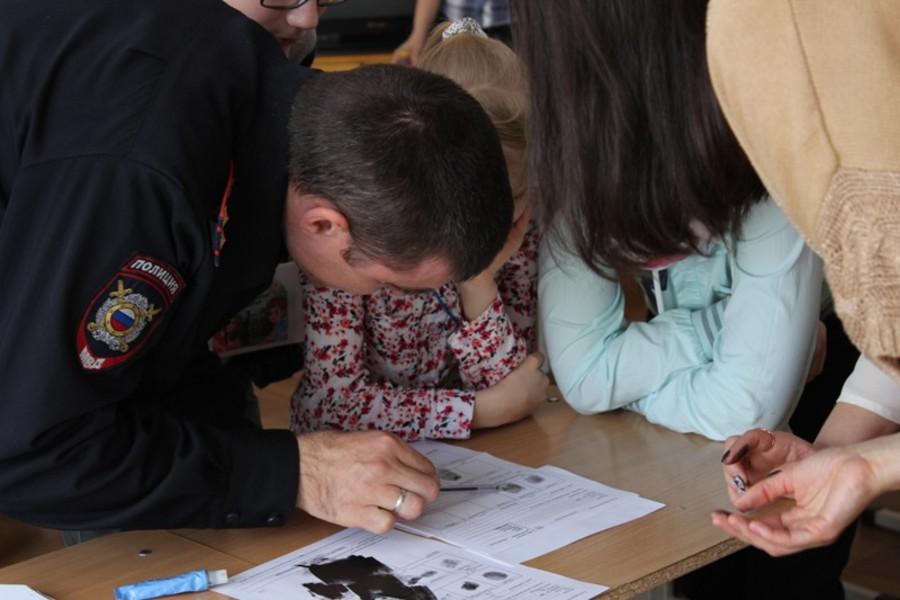 В Чайковском школьников познакомили с профессией полицейского - фото 5