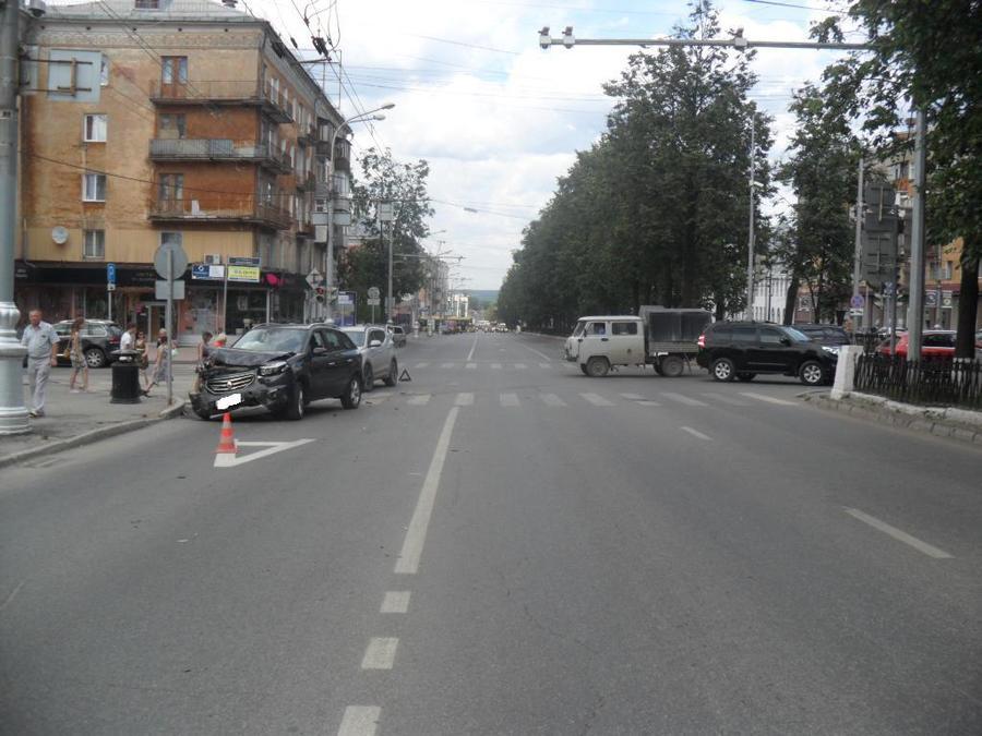 В центре Перми в ДТП пострадали два ребенка