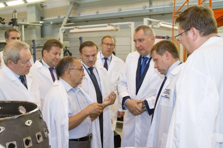 Вице-премьер Дмитрий Рогозин побывал у пермских моторостроителей