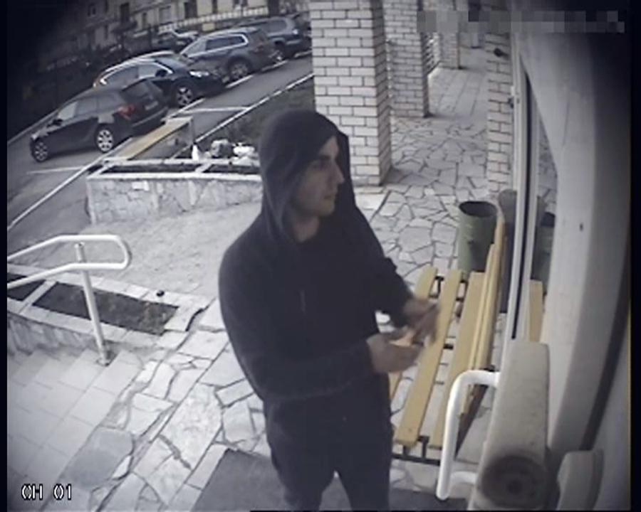 Пермская полиция разыскивает взломщиков элитных квартир