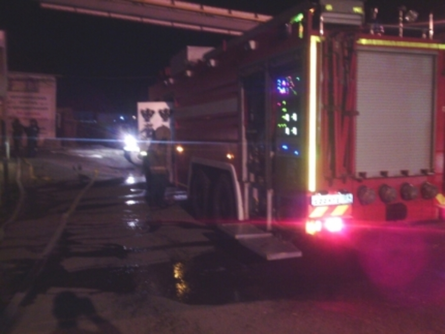 Ночью в Перми горел торговый комплекс