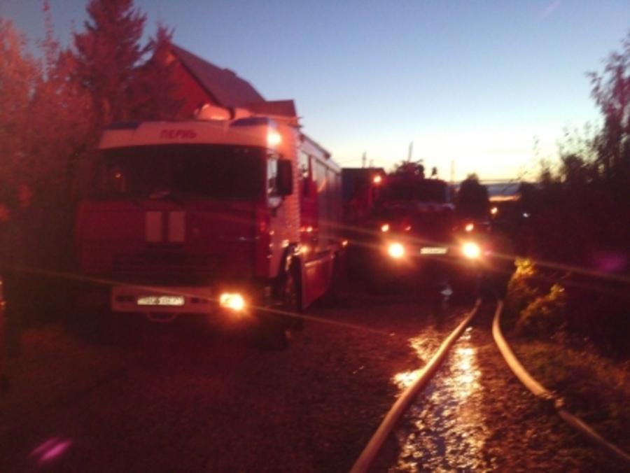 В Перми сгорели два жилых дома - фото 1