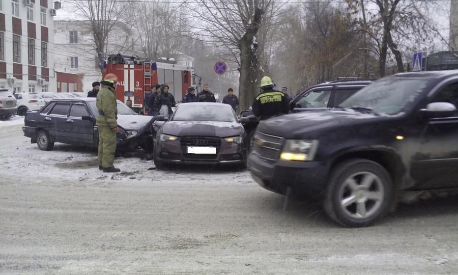 В Пермском крае вчера зарегистрировано 154 ДТП, из них 103 — в Перми - фото 1