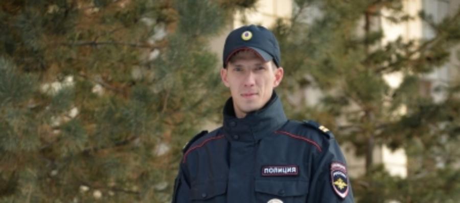 В Пермском крае полицейский вытащил из огня пенсионерку