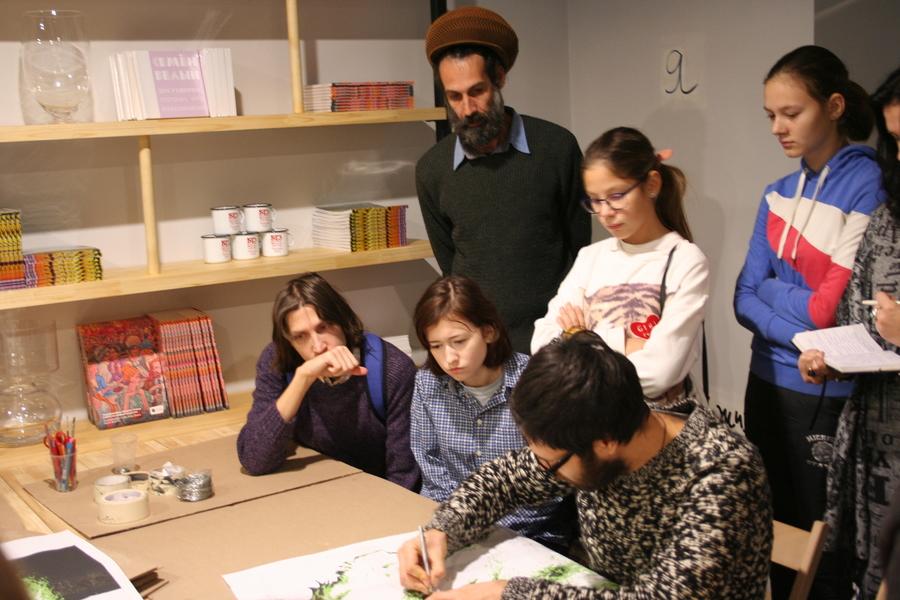 В Перми состоялся мастер-класс по стрит-арту с Александром Жуневым