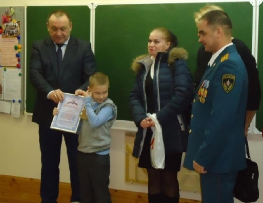 В Перми наградили мальчика-спасателя - фото 1