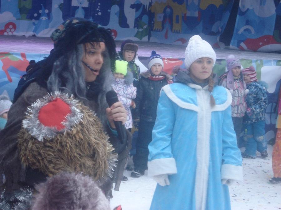 В Кировском районе Перми открылся ледовый городок